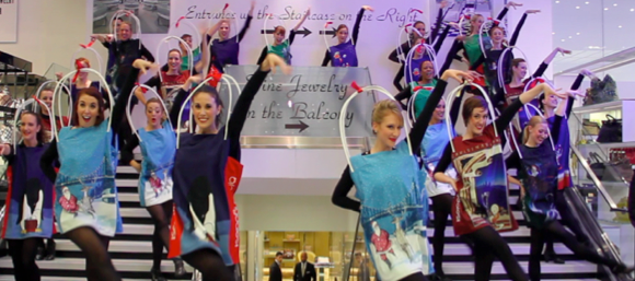 The_Bloomingdales_Caroling_Flash_Mob_Christmas_Window_Reveal_Photo